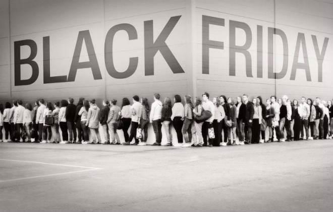 Black Friday Dani Dellicatta